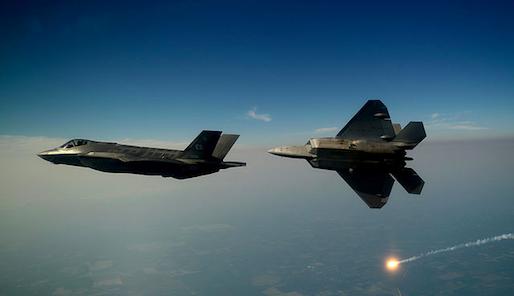 Cc U.S. Air Force photo/Master Sgt. Jeremy T. Lock